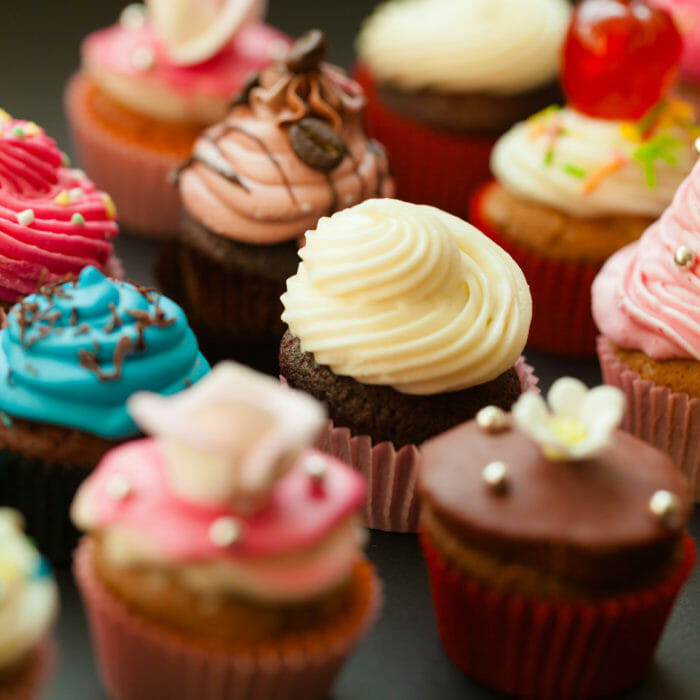 Send cupcakes with same-day shipping