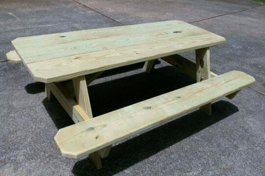 Shipping Furniture With Roadie Furniture Delivery Service - Picnic table atlanta